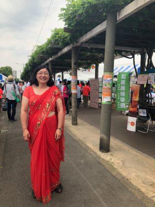 ネパール人とサリーとの付き合い方